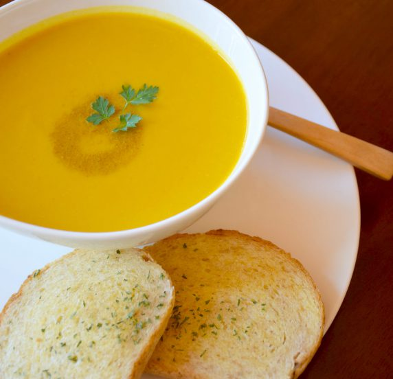 PUMPKIN SOUP WITH NORWEGIAN BREAD(いわき市平のコーヒーと紅茶・ランチとケーキのノルウェーカフェです)